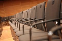Stuhlreihen